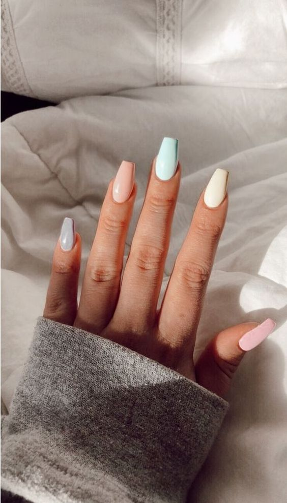 45+ Bright Summer Nail Art Design Trends On 2019