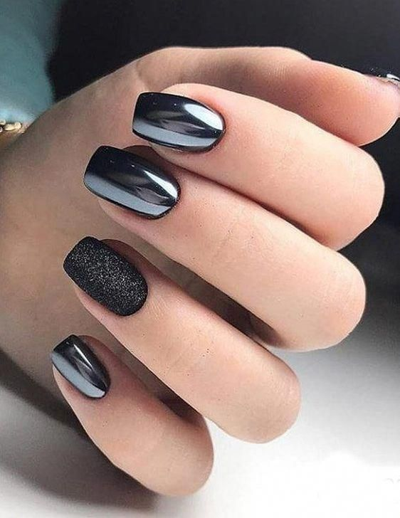 ELEGANT BLACK AND WHITE SHORT NAILS DESIGN IDEAS EXCEPTIONAL LOOK 2020